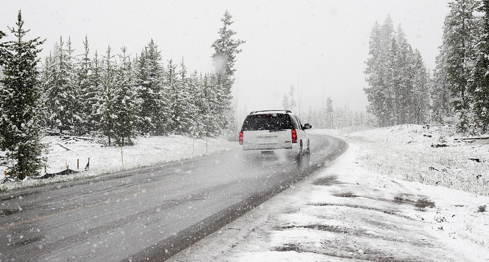 car winter safety items