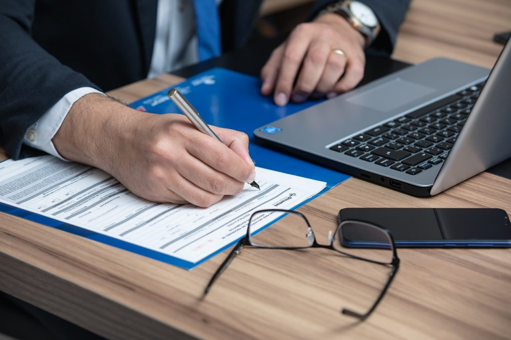 Insurance and the state legal requirements